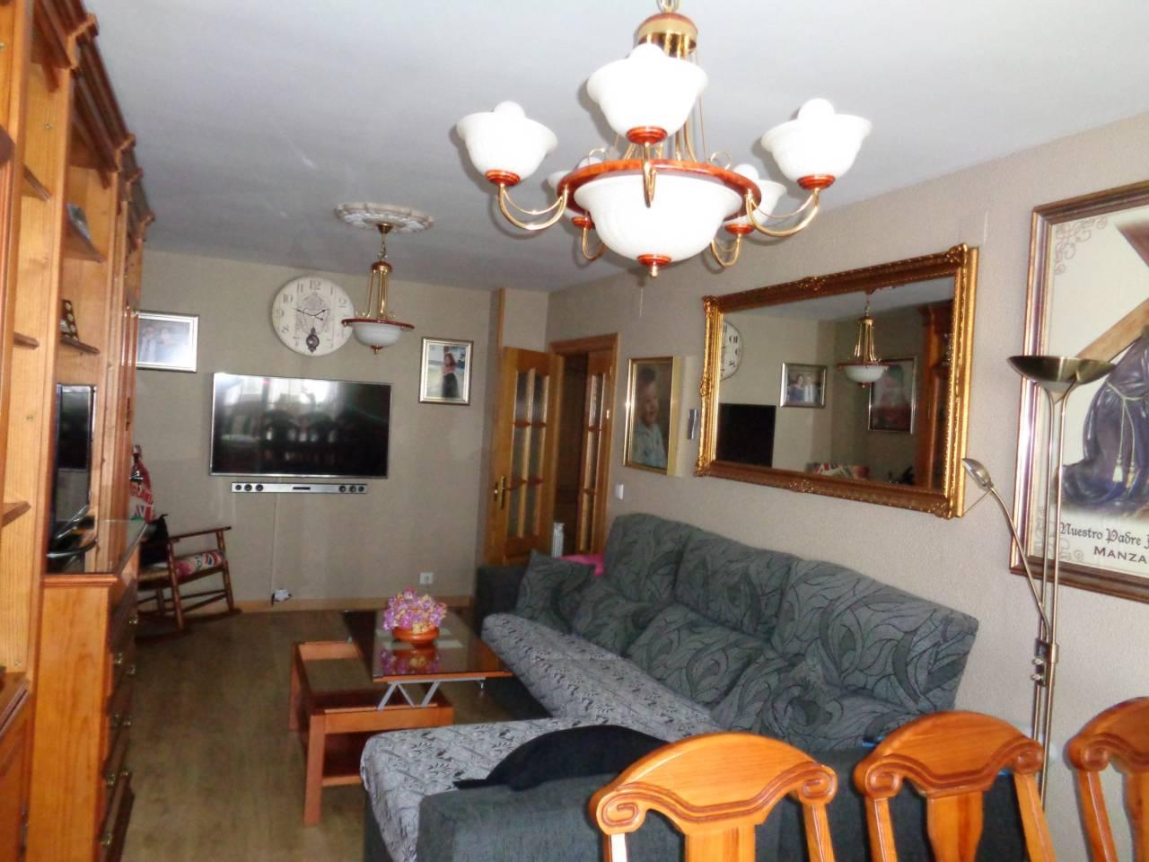 Se vende piso amplio reformado