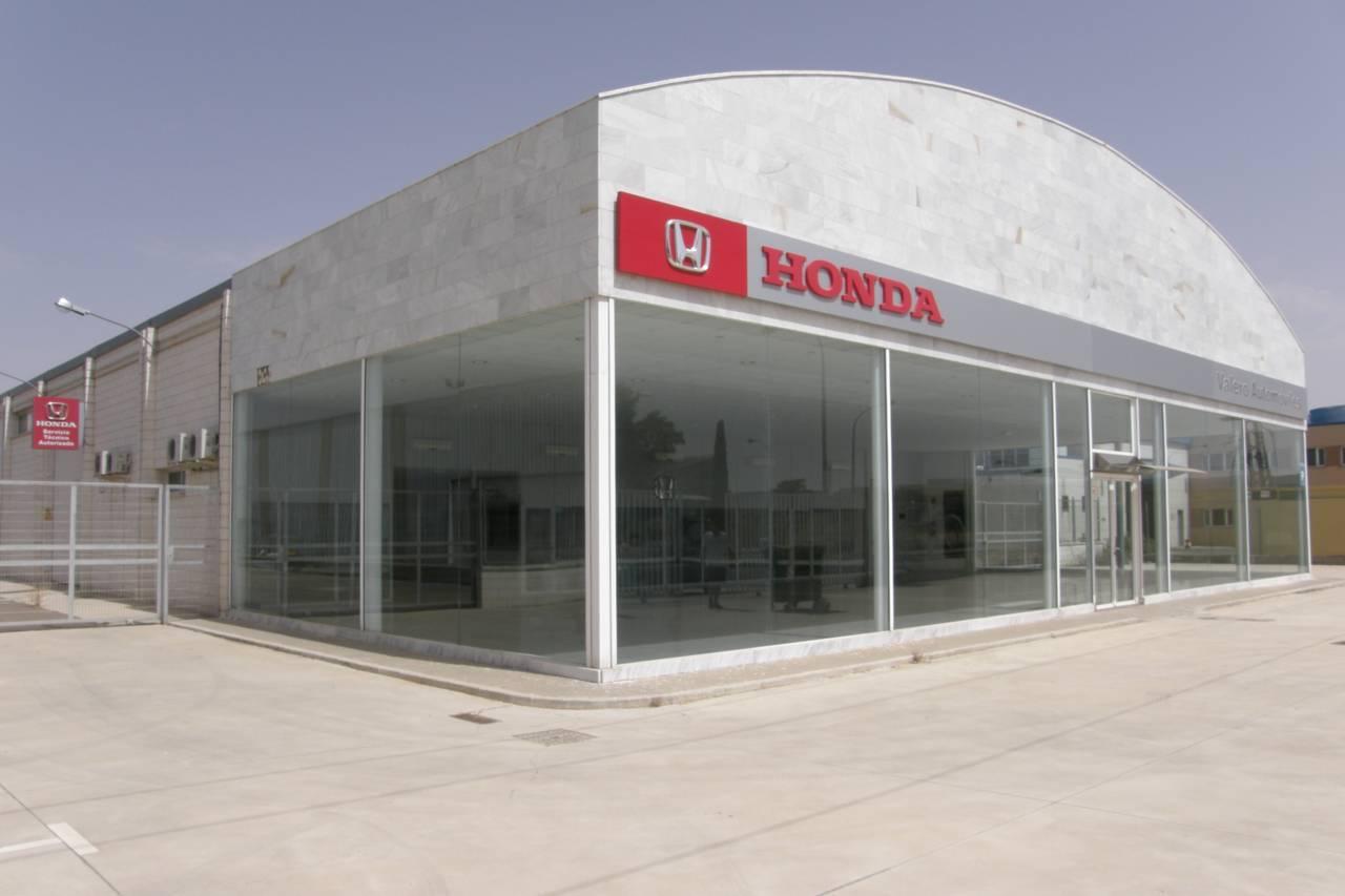 NAVE INDUSTRIAL en venta de 1.204 m2 construidos, en la mejor zona del poligono de Manzanares