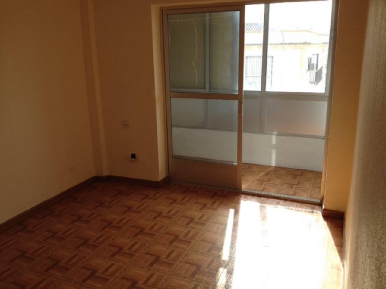 Se vende piso para reformar
